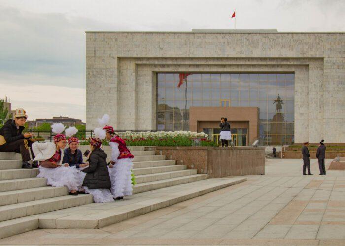 Bishkek, Piazza Ala-Too